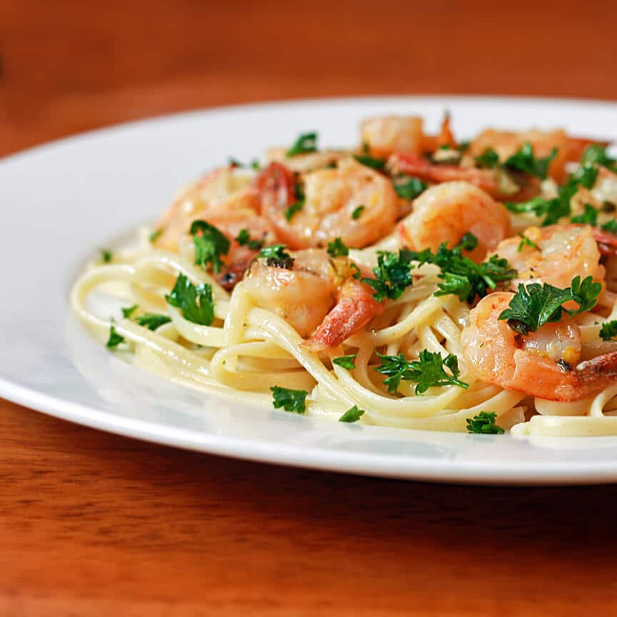 Lemon Garlic Shrimp Scampi Recipe The Daring Gourmet