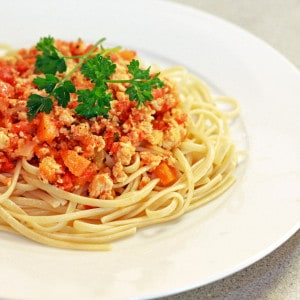 Spaghetti With Chicken Bolognese