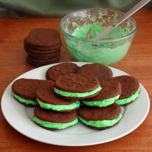 Chocolate Marshmallow Mint Sandwich Cookies