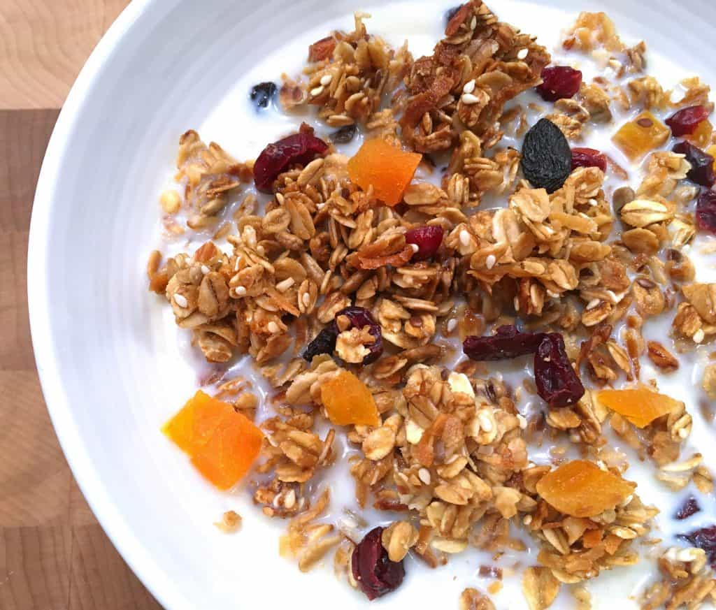 healthy granola recipe best homemade sugar free no refined coconut oil honey dried fruits nuts seeds