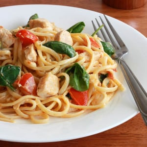 Creamy Pasta with Chicken and Sun-dried Tomato Pesto
