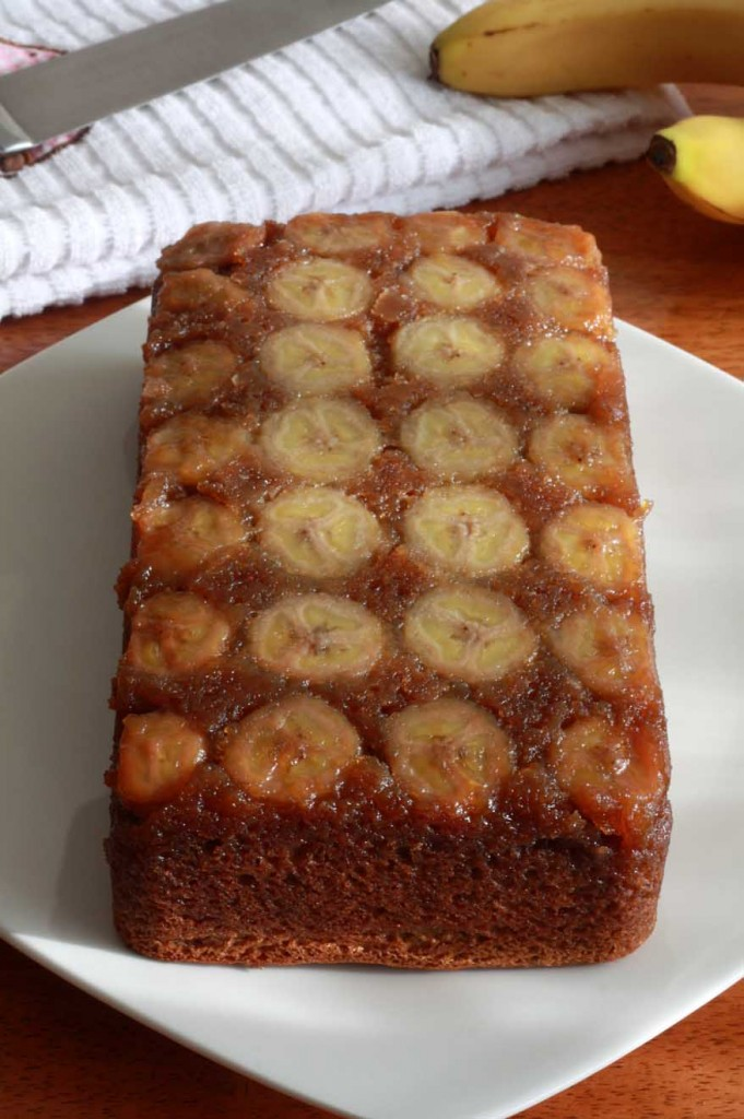 caramel banana upside down bread cake