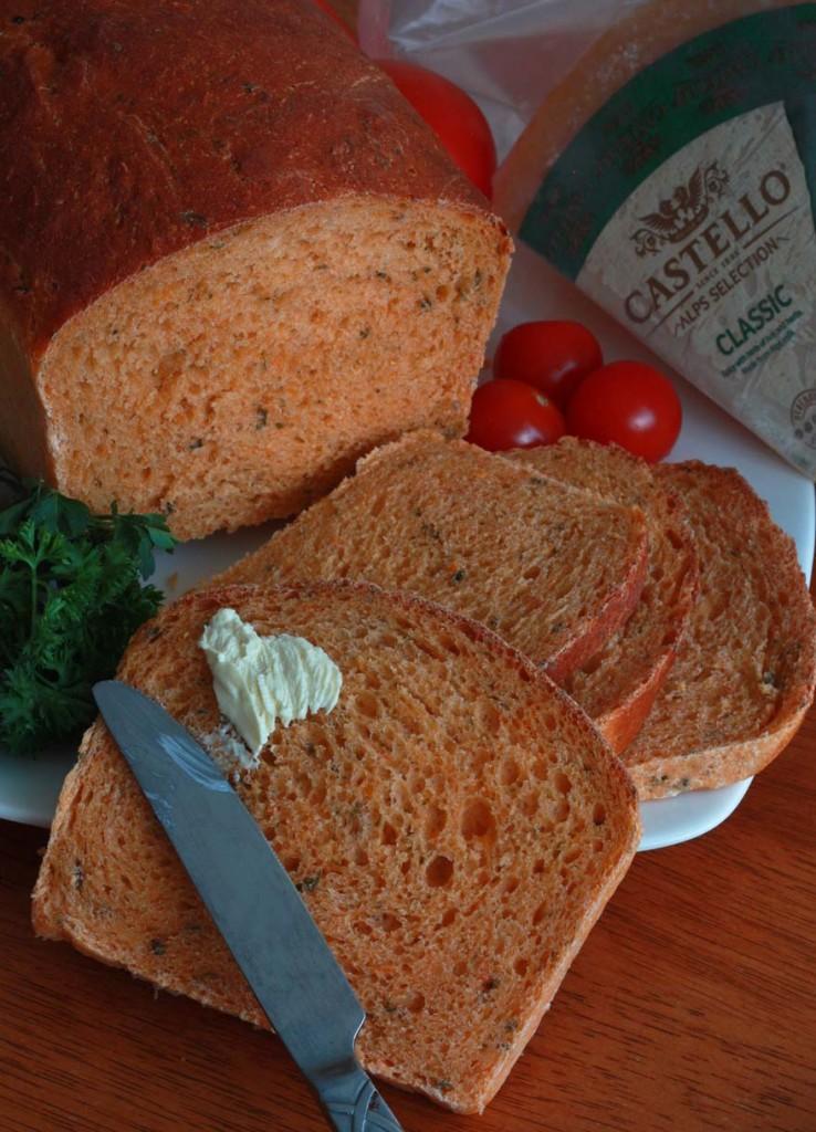 Tomato Herb Bread 4 sm