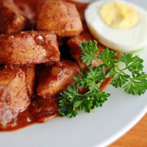 Doro Wat (Spicy Ethiopian Chicken Stew)