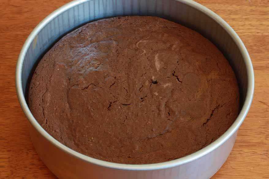 Chocolate Almond Quinoa Cake prep 18