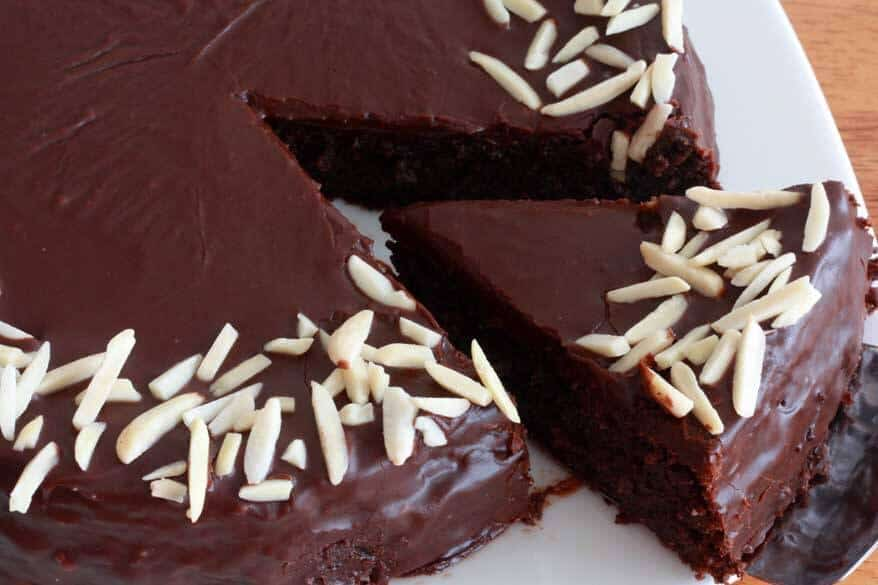 Chocolate Almond Quinoa Cake prep 29