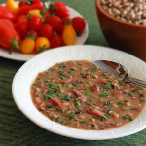 Smoky Black-eyed Pea and Ham Soup