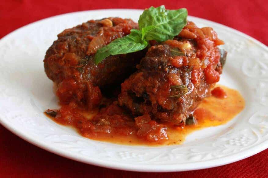 Braciole Involtini di Manza Italian Beef Rolls in Tomato Sauce