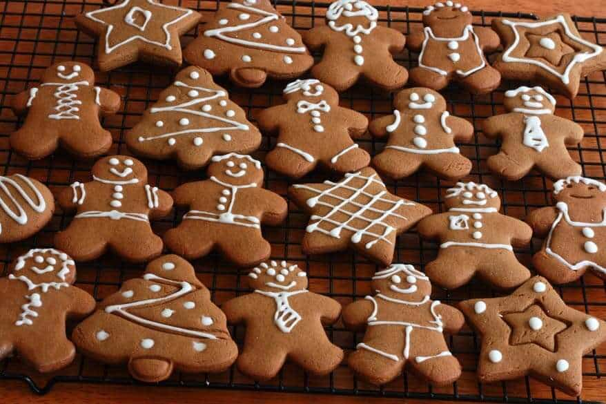 Christmas Gingerbread Cookies Recipe.Classic Gingerbread Cookies