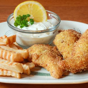 Cajun Catfish & Chips with Tartar Sauce