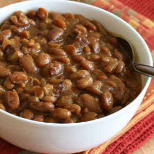 Maple Spice Boston Baked Beans