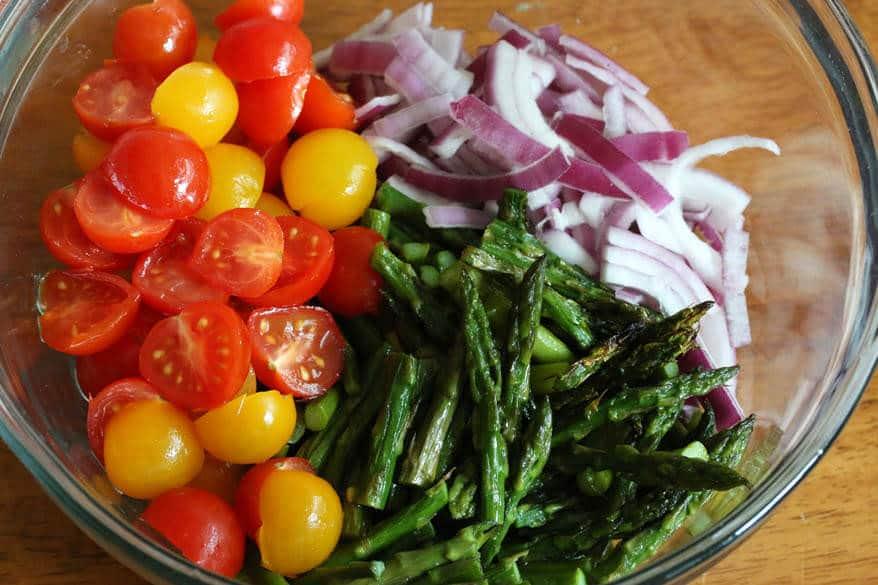 Grilled Asparagus Greek Salad prep 11