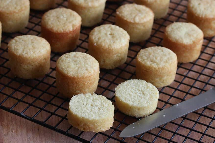 Victoria Sponge Cakes prep 18