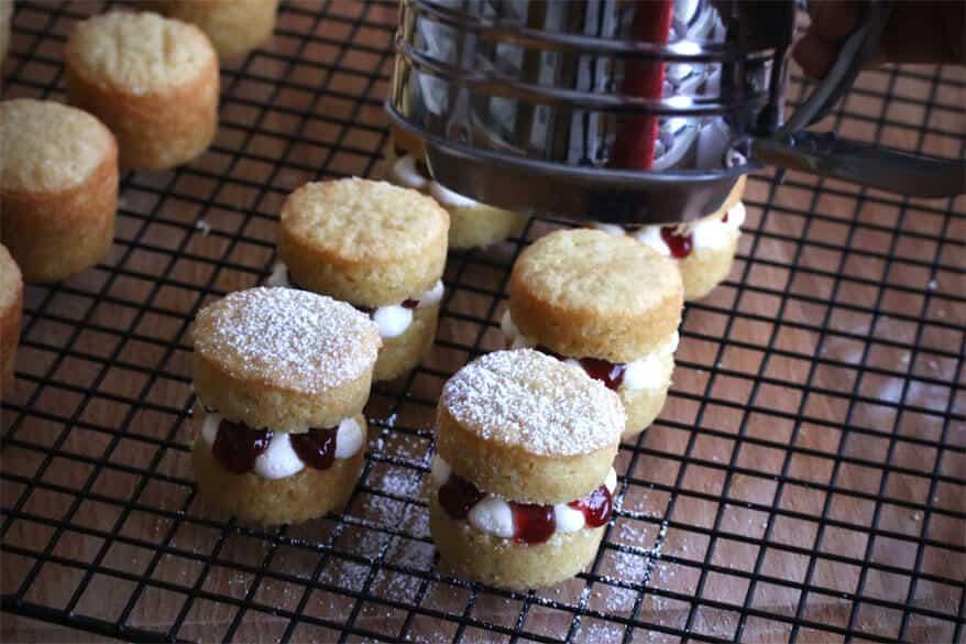 Victoria Sponge Cakes prep 23