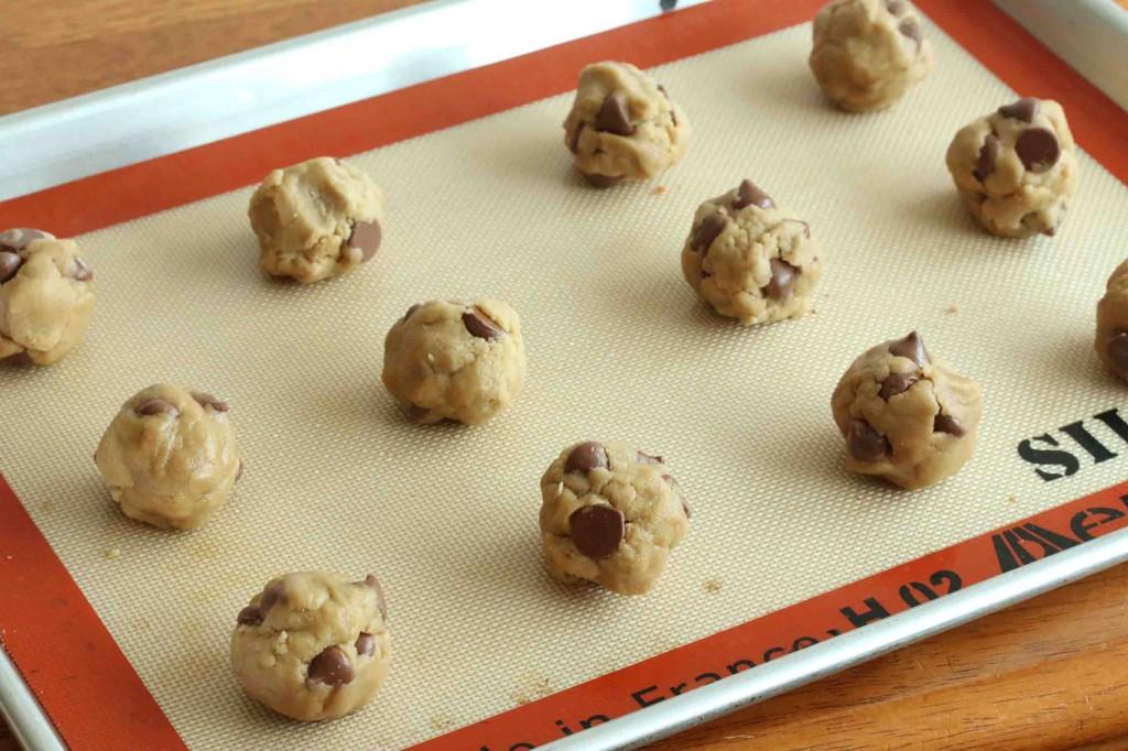 Chocolate Chip Cookies GF prep 8