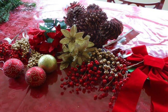 Christmas-Wreath-prep-1