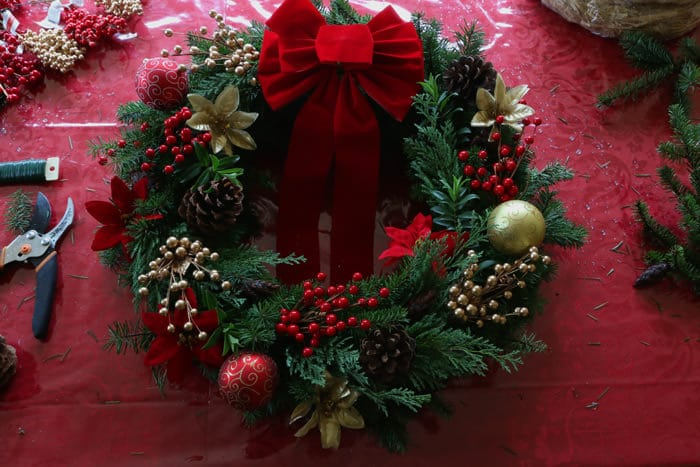 Christmas-Wreath-prep-18