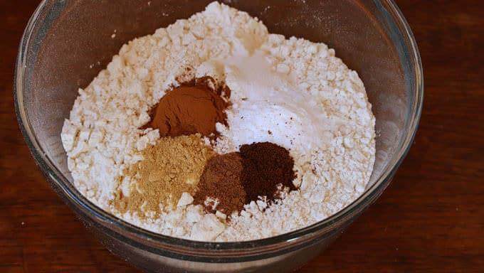 Pumpkin Eggnog Cake prep 2
