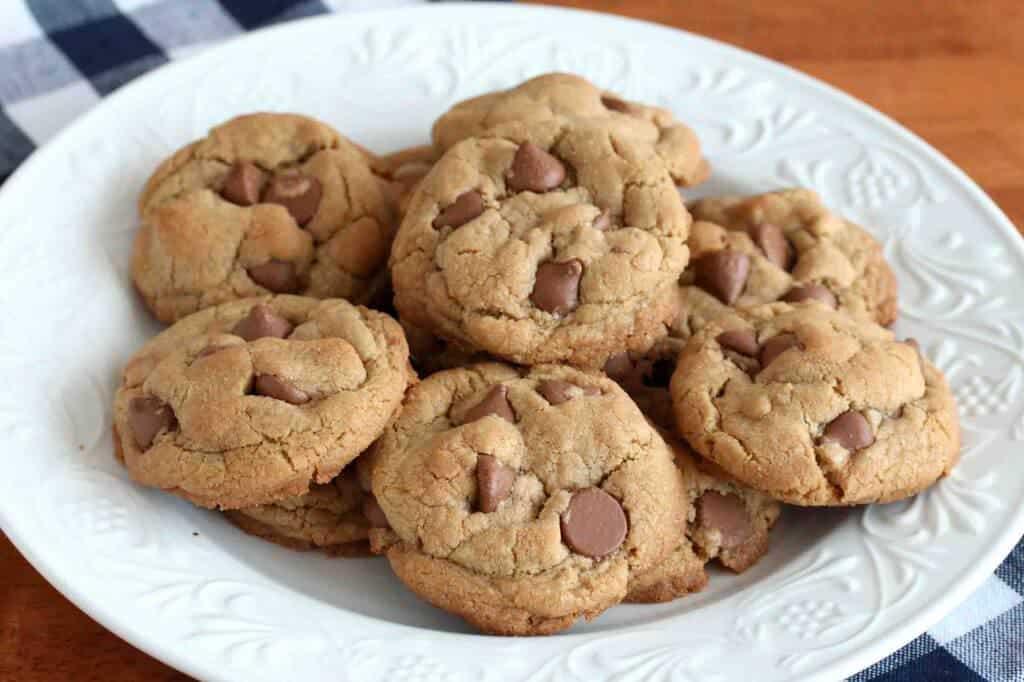 Chocolate-Chip-Cookies-GF-1_edited-1024x682 (1)