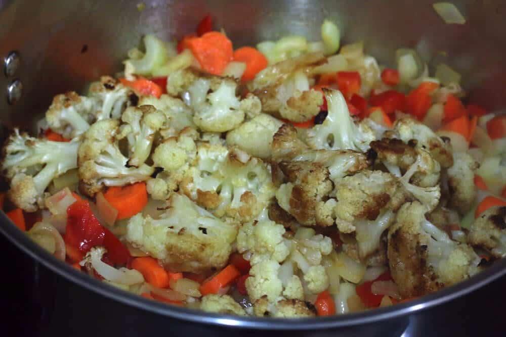Roasted-Cauliflower-Soup-prep-7