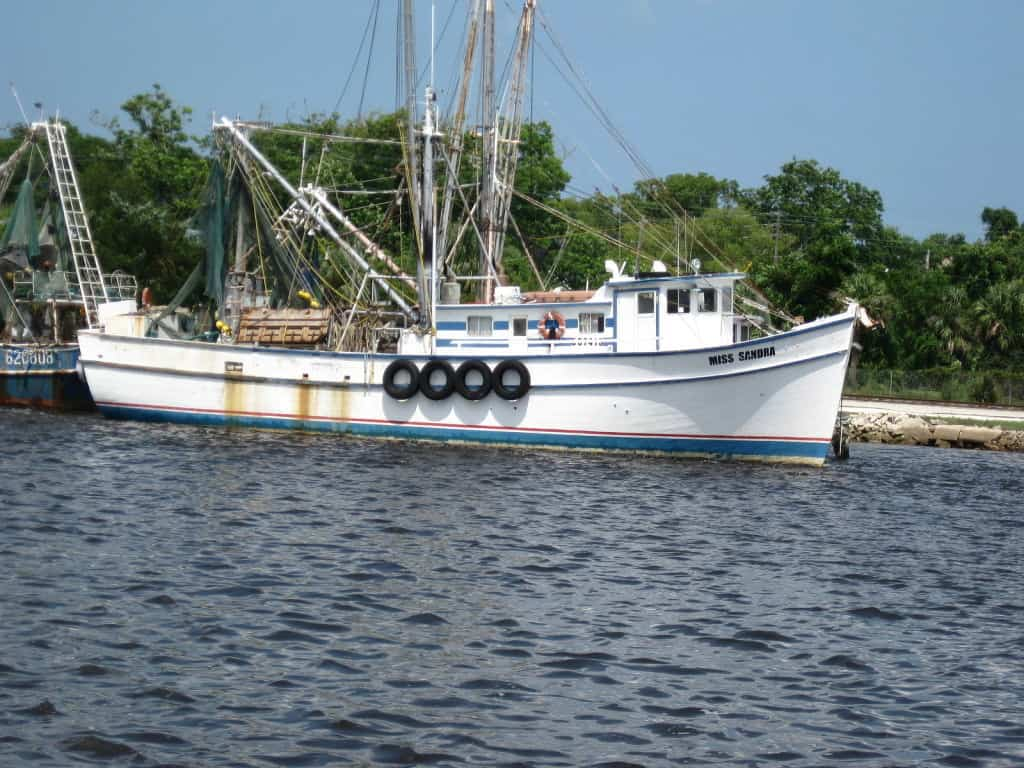 A shrimp boat (photo courtesy Jack Kennard, creative commons license)