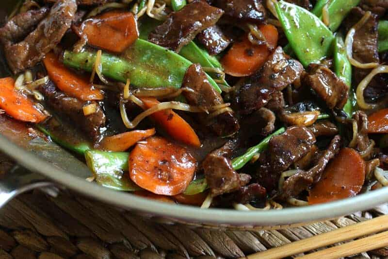 Beef stir fry with snow peas and mushrooms the daring gourmet quick easy chinese beef stir fry snow peas mushrooms bean sprouts carrots recipe forumfinder Choice Image