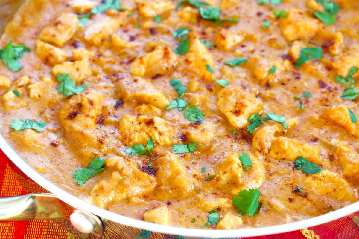 Thai peanut chicken recipe coconut milk Asian mild sweet cilantro spicy