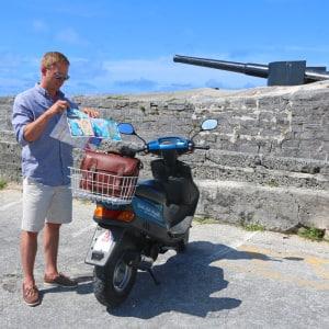 ONA Goes To Bermuda (Brooklyn Camera Bag Review)