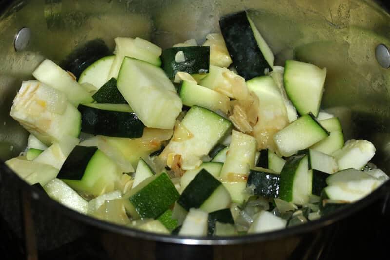 Zucchini-Soup-prep-4