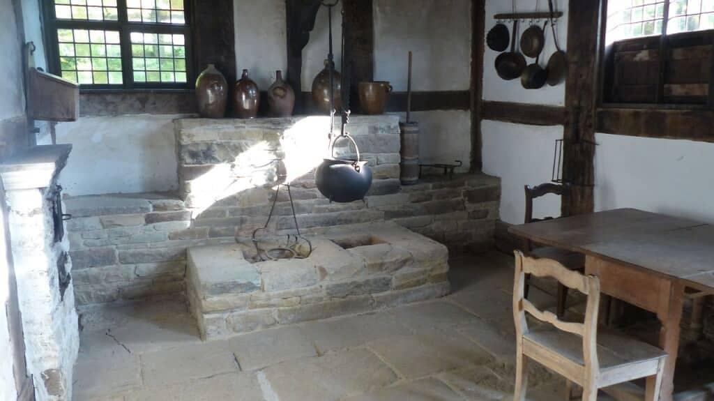 old-kitchen-601248_1280