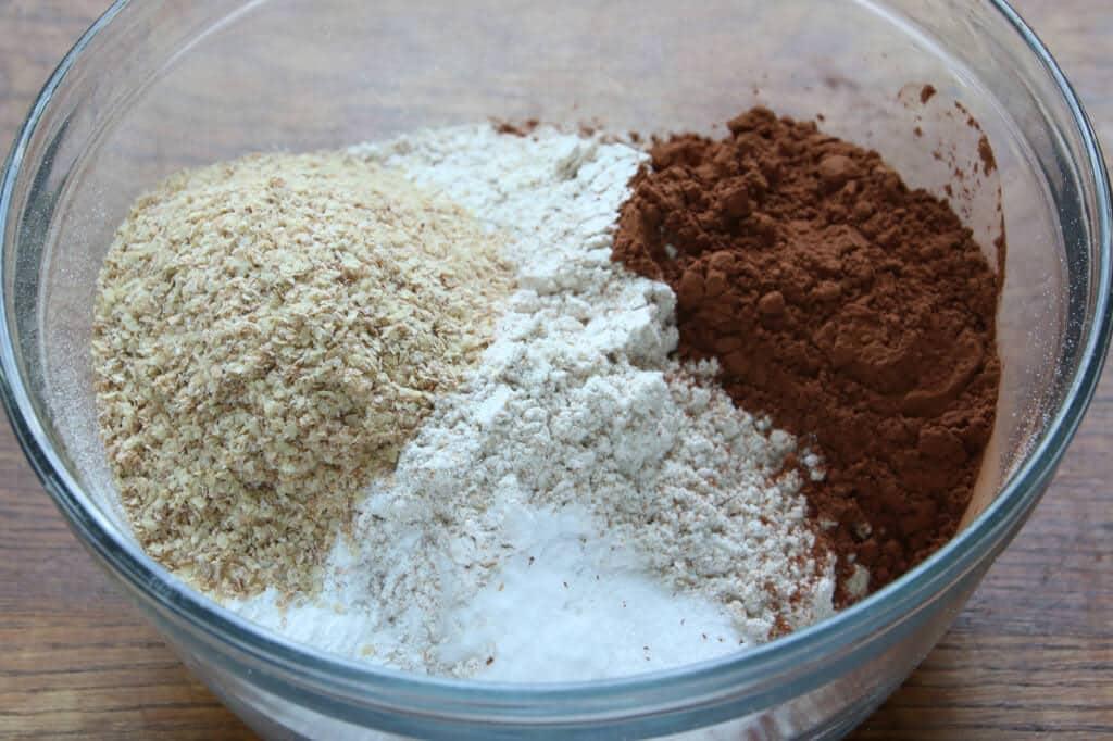 Chocolate-Cupcakes-prep-6