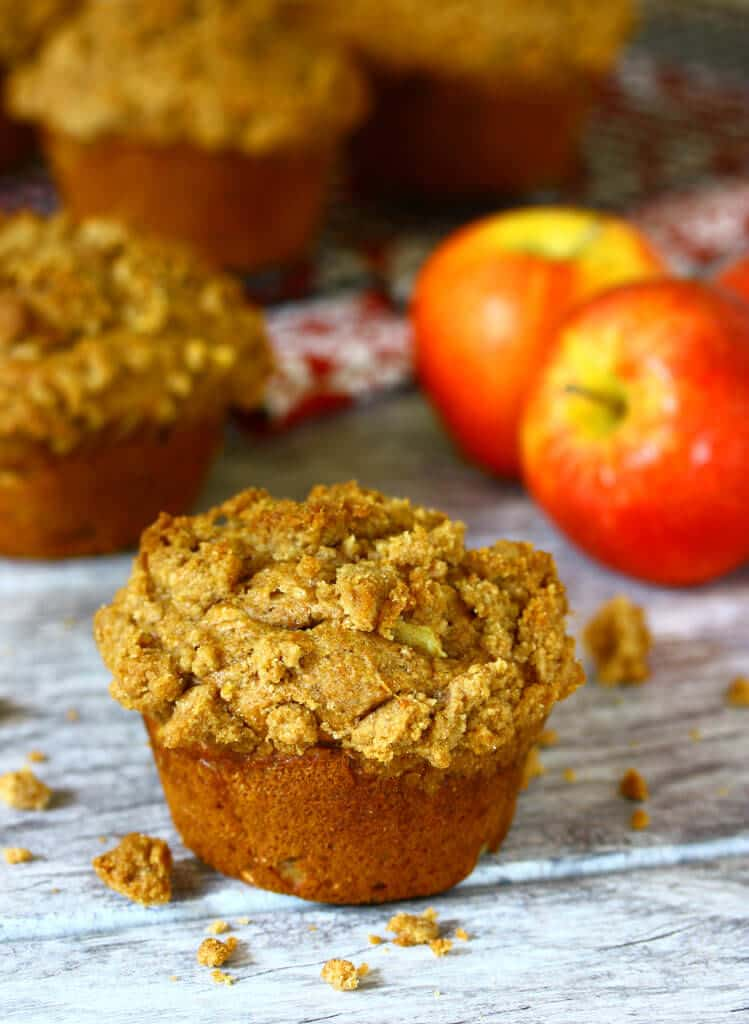 double apple crisp streusel muffins recipe whole grain whole wheat spelt yogurt healthy breakfast dessert