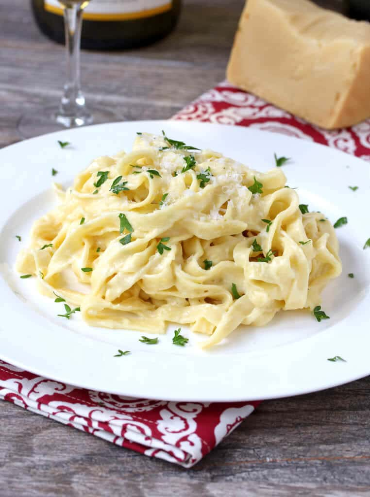 Fettuccine Alfredo + A Case for Tradition: Musso & Frank Grill - The ...