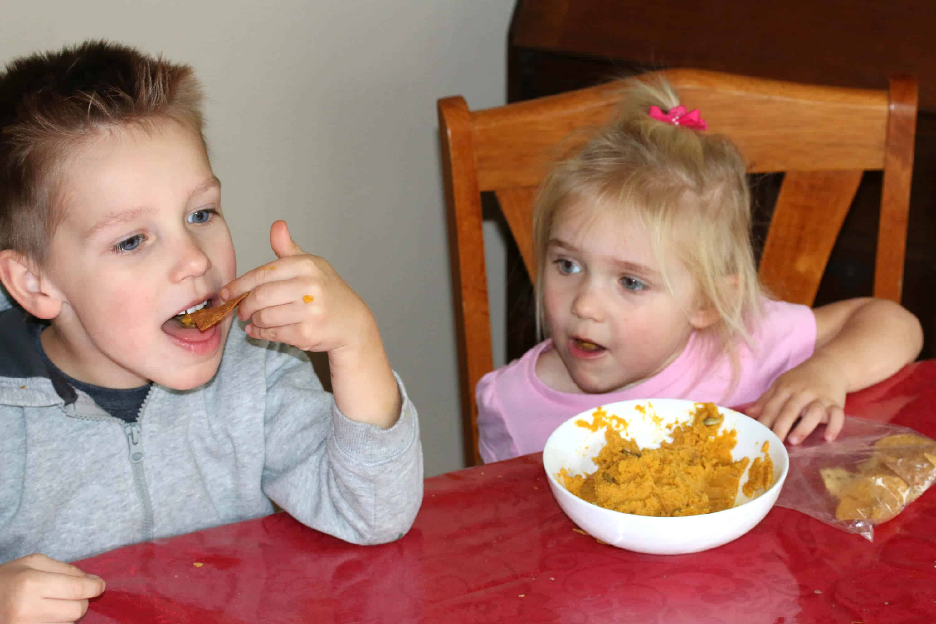 Pumpkin-Hummus-Kids-6