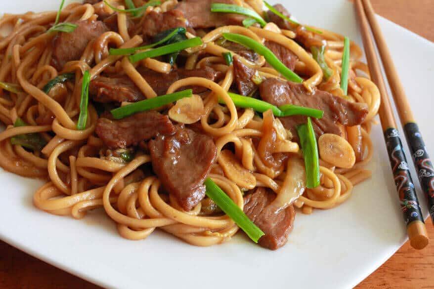 shanghai chinese noodles pork cabbage garlic recipe