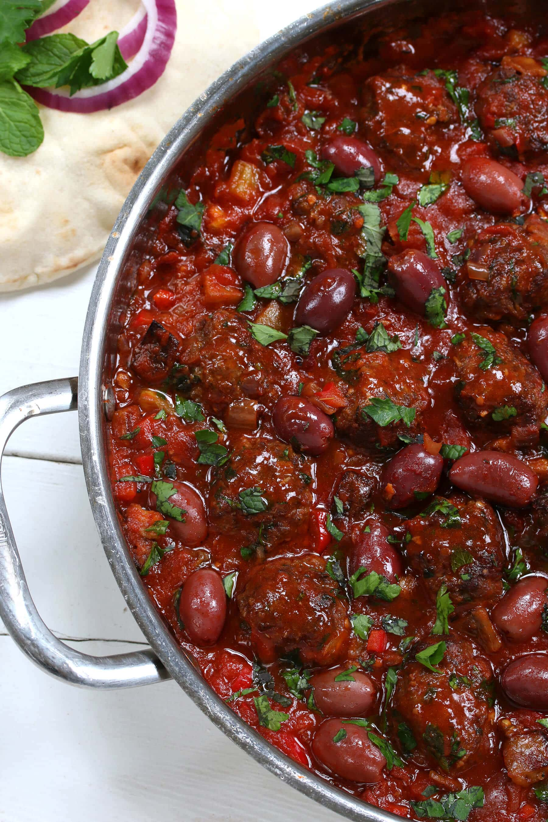 greek meatballs recipe beef chicken pork lamb turkey olives eggplant garlic sauce greece