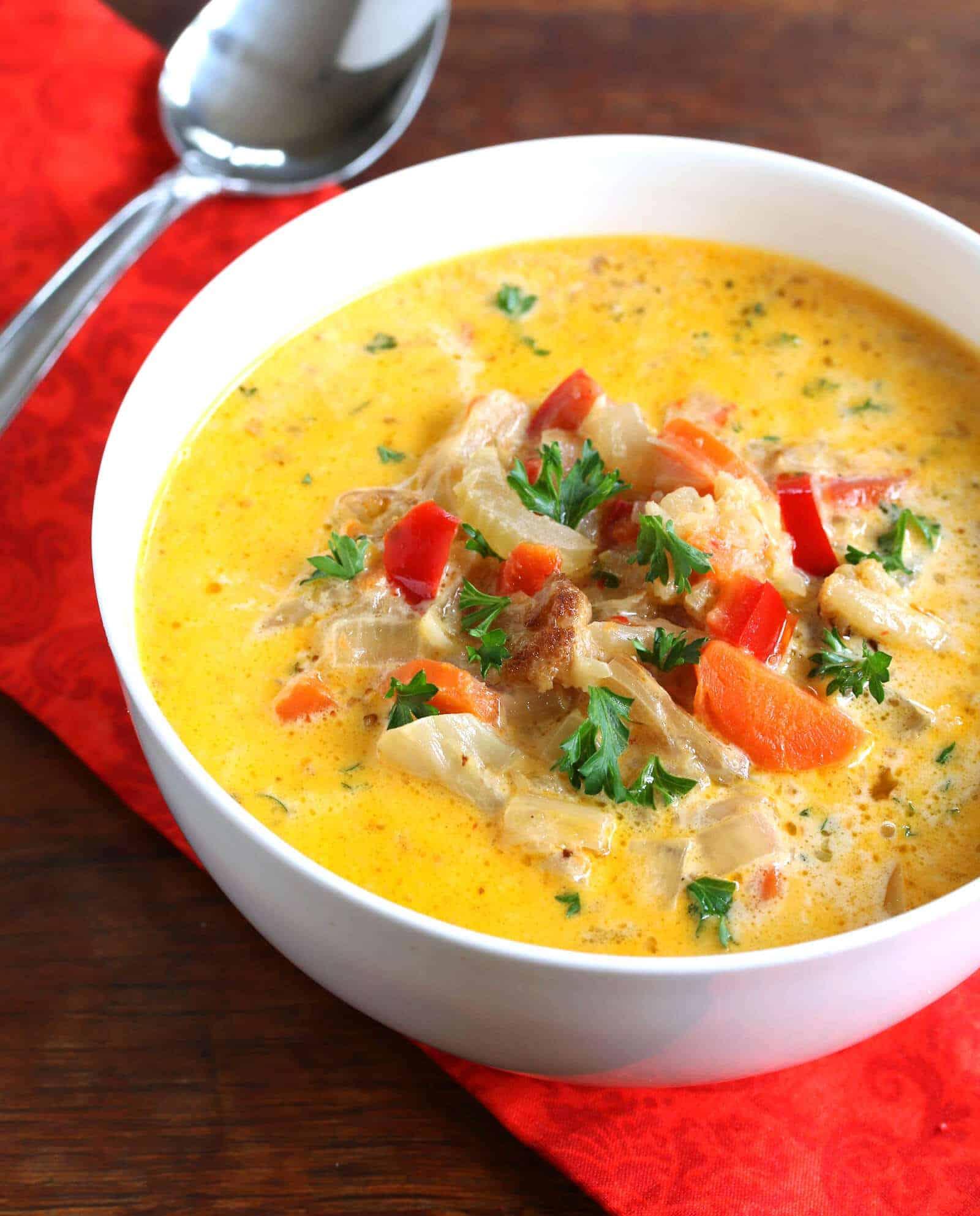 Roasted-Cauliflower-Soup-10-edited