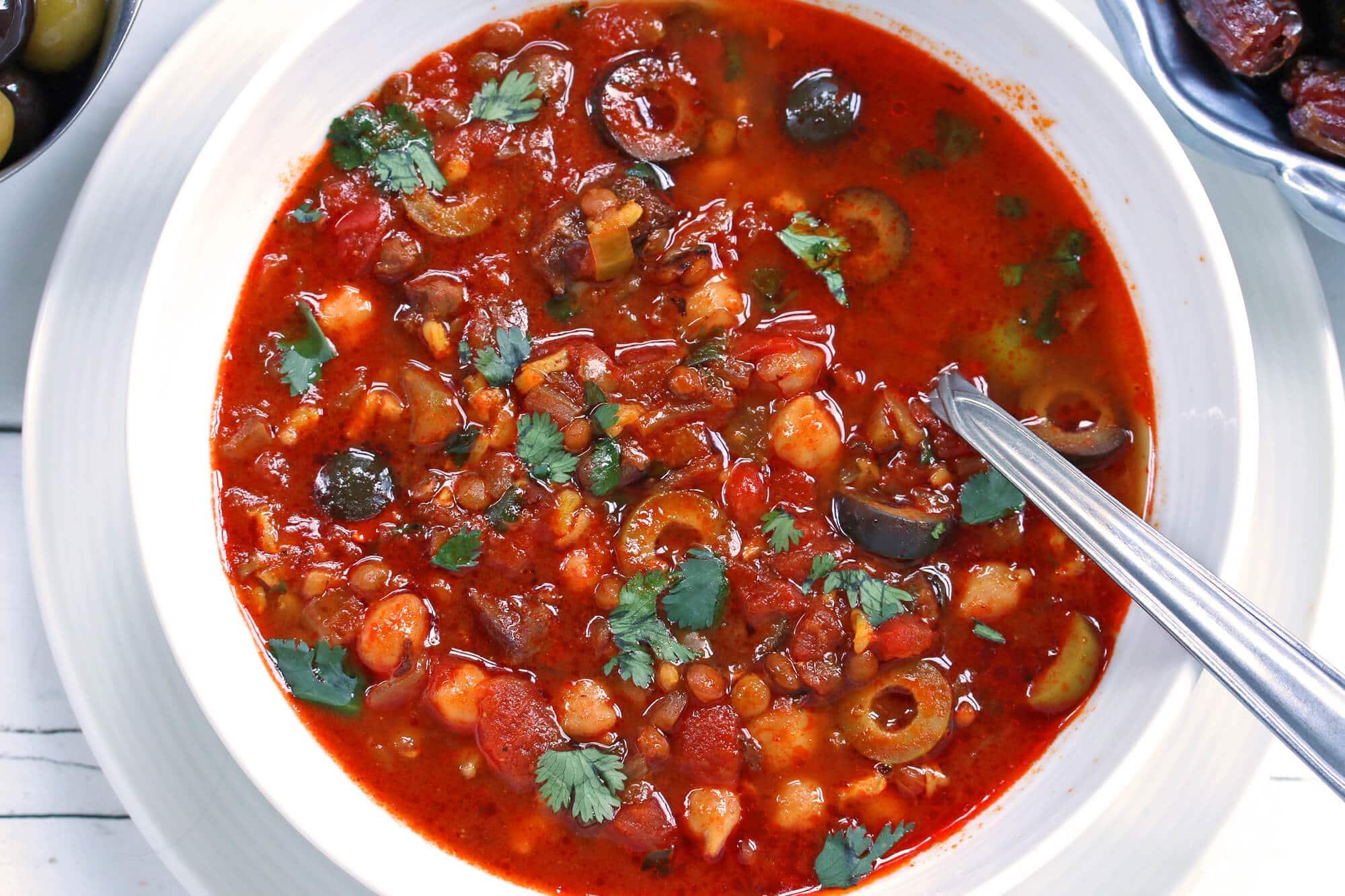 harira recipe Moroccan lentil chickpea soup stew beef lamb garbanzo beans ramadan