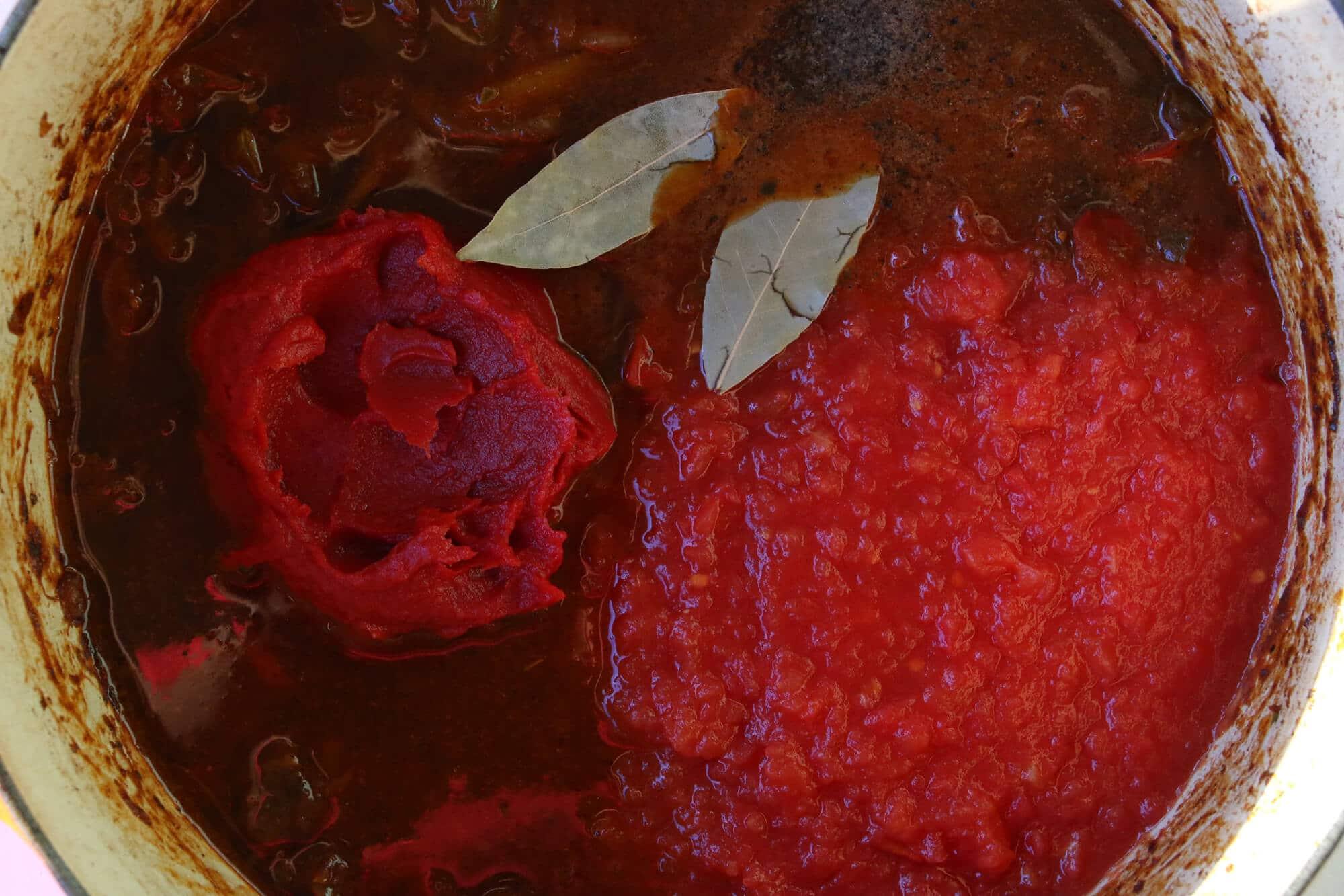 tomato sauce paste stew
