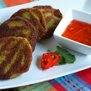 Burmese Yellow Split Pea Fritters (Baya Kyaw)