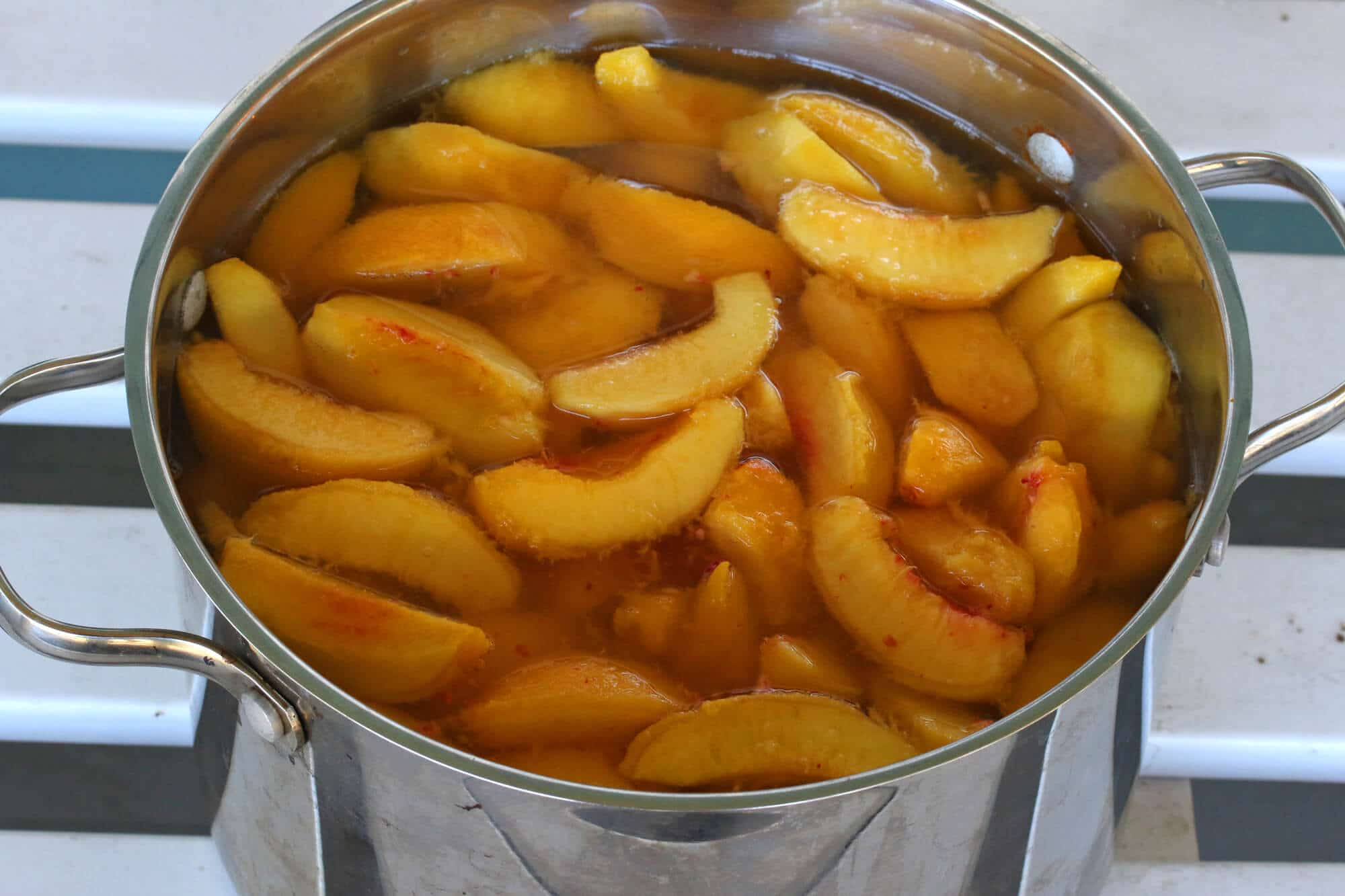 Canning-Peaches-7