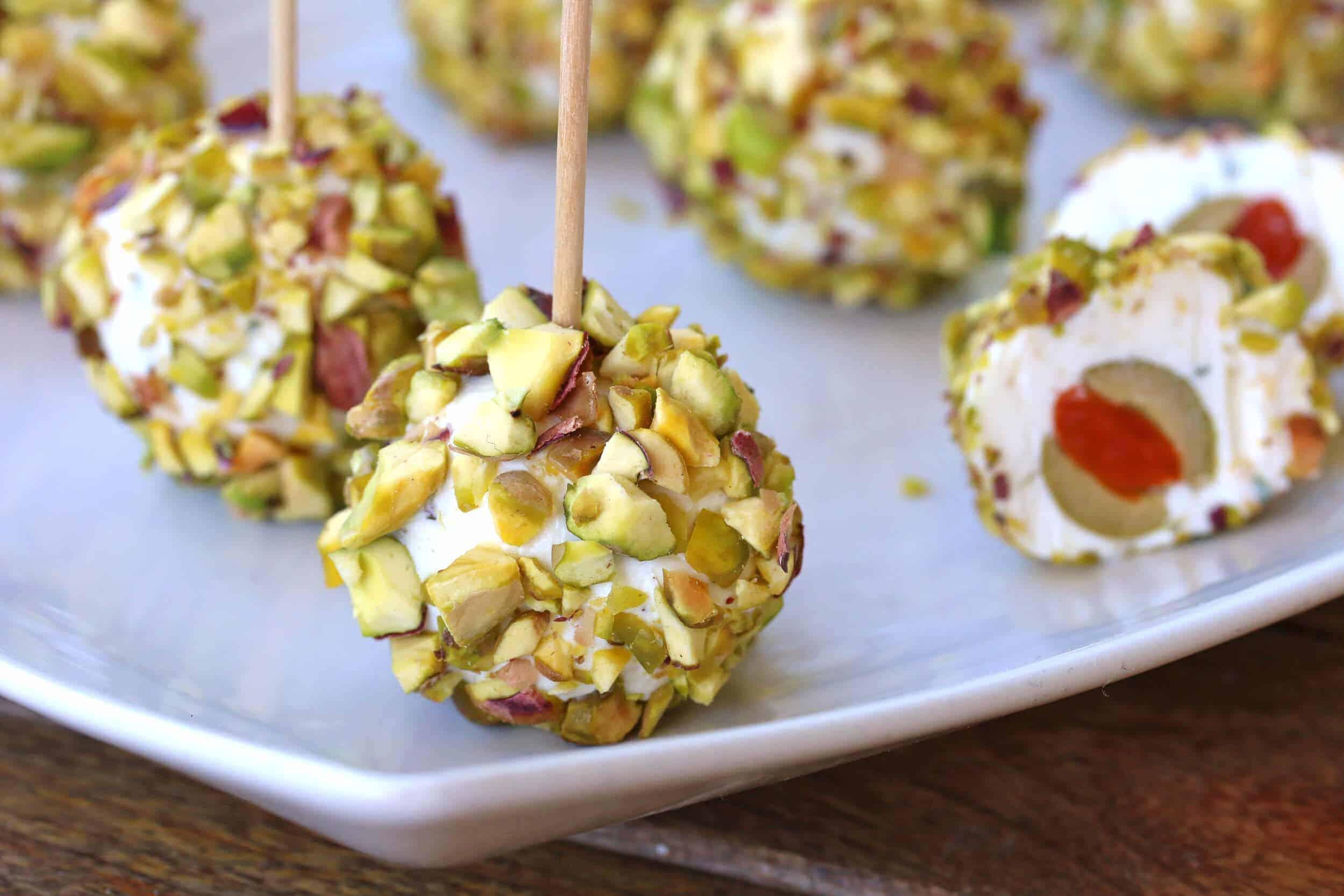 pistachio-lemon-cheeseballs-1-lighter