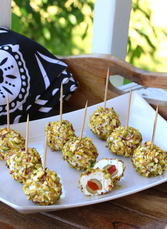 pistachio-lemon-cheeseballs-15-cropped
