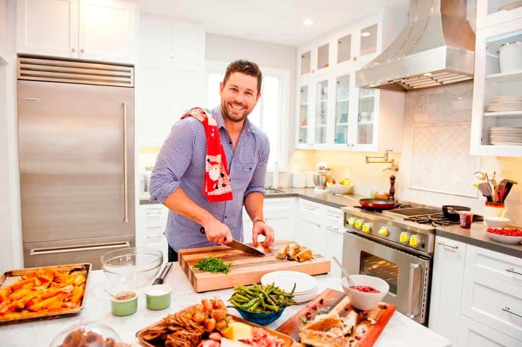 chef-ryan-scott-bluestar-home-kitchen-suite-low-res