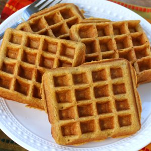 Whole Grain Pumpkin Spice Waffles