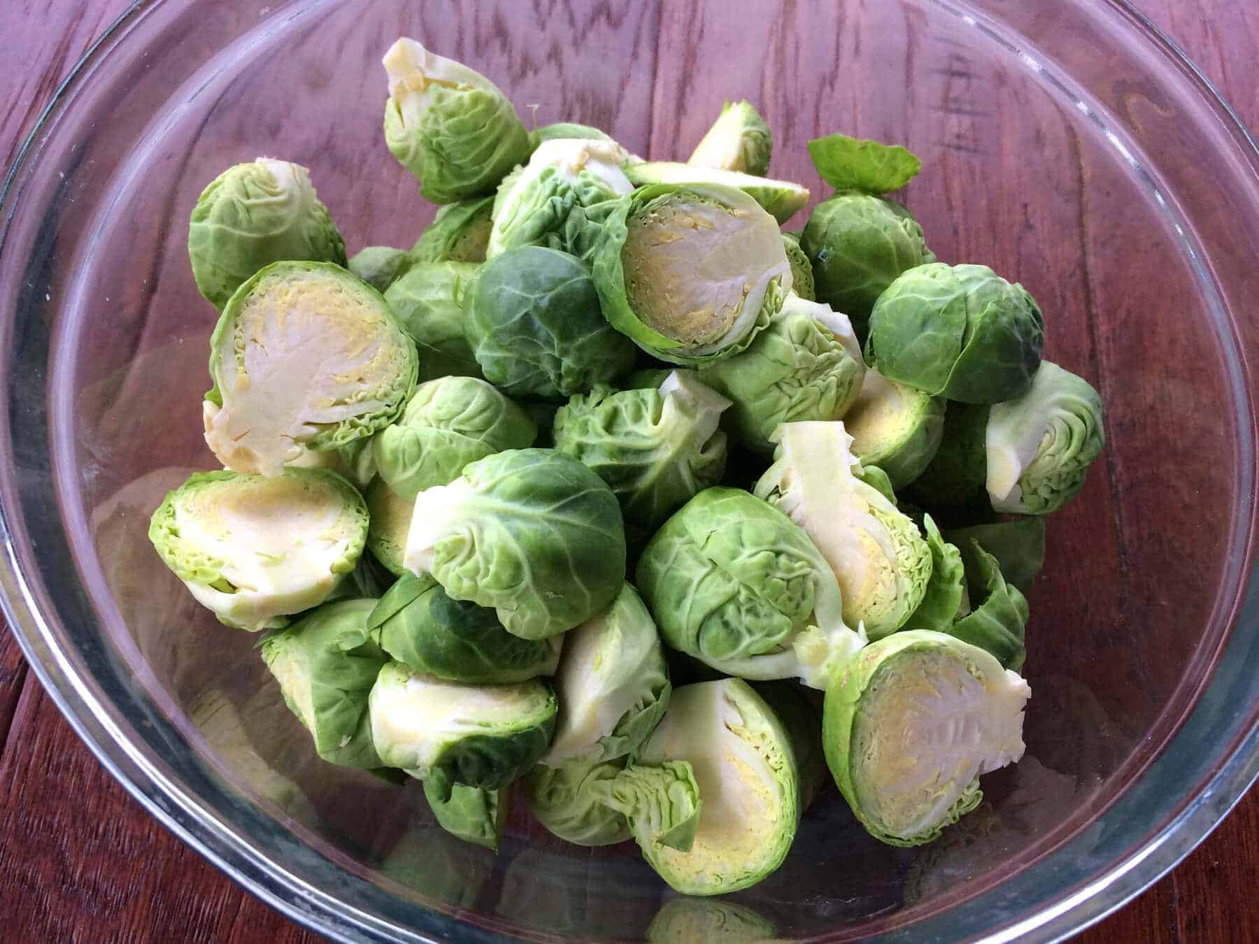 roasted-brussels-sprouts-prep-2