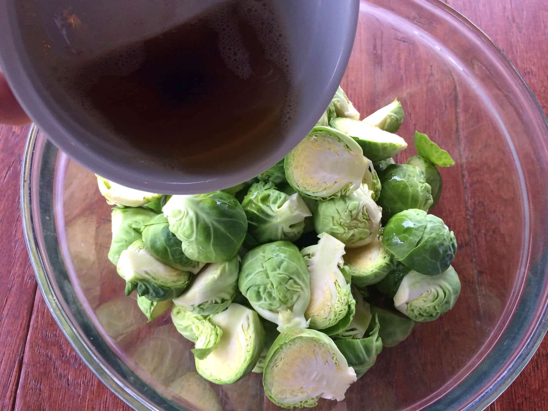 roasted-brussels-sprouts-prep-4