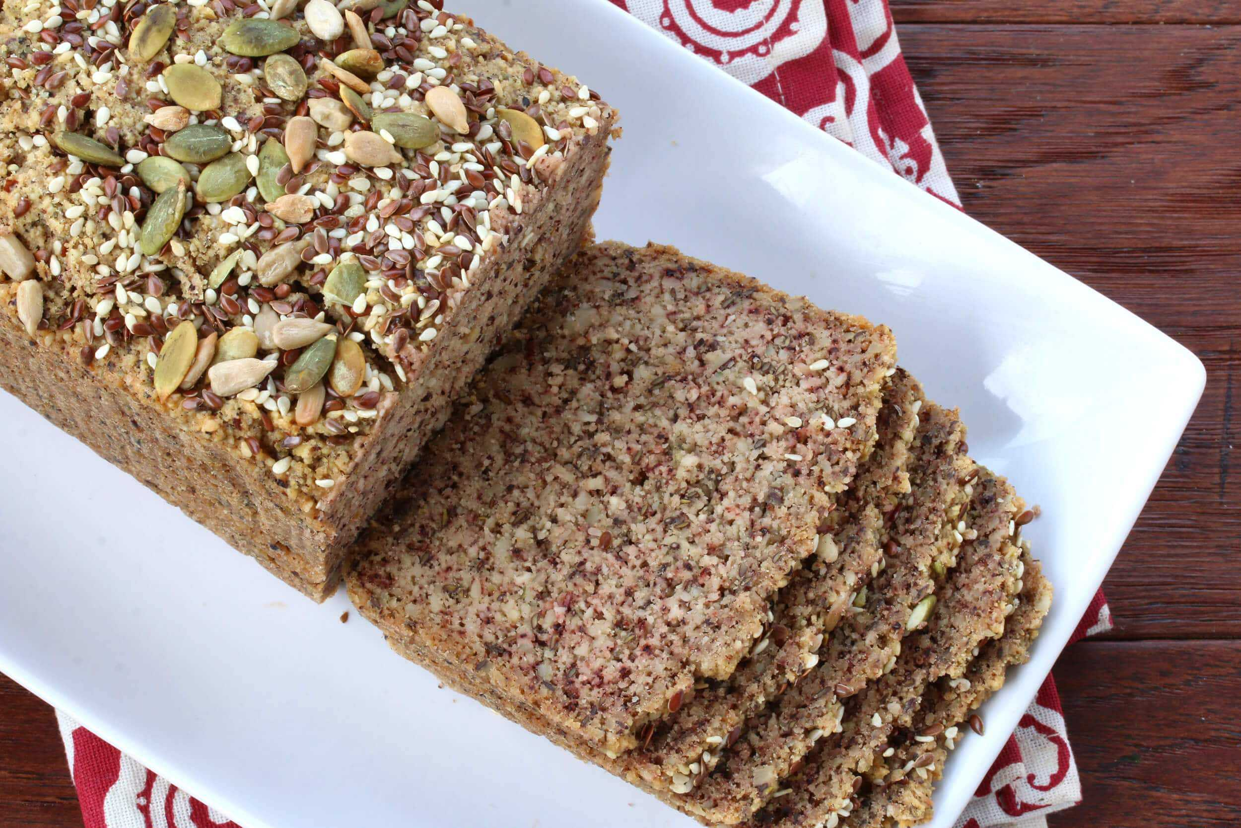 Low Carb High Protein Nut & Seed Bread (Paleo) - The ...