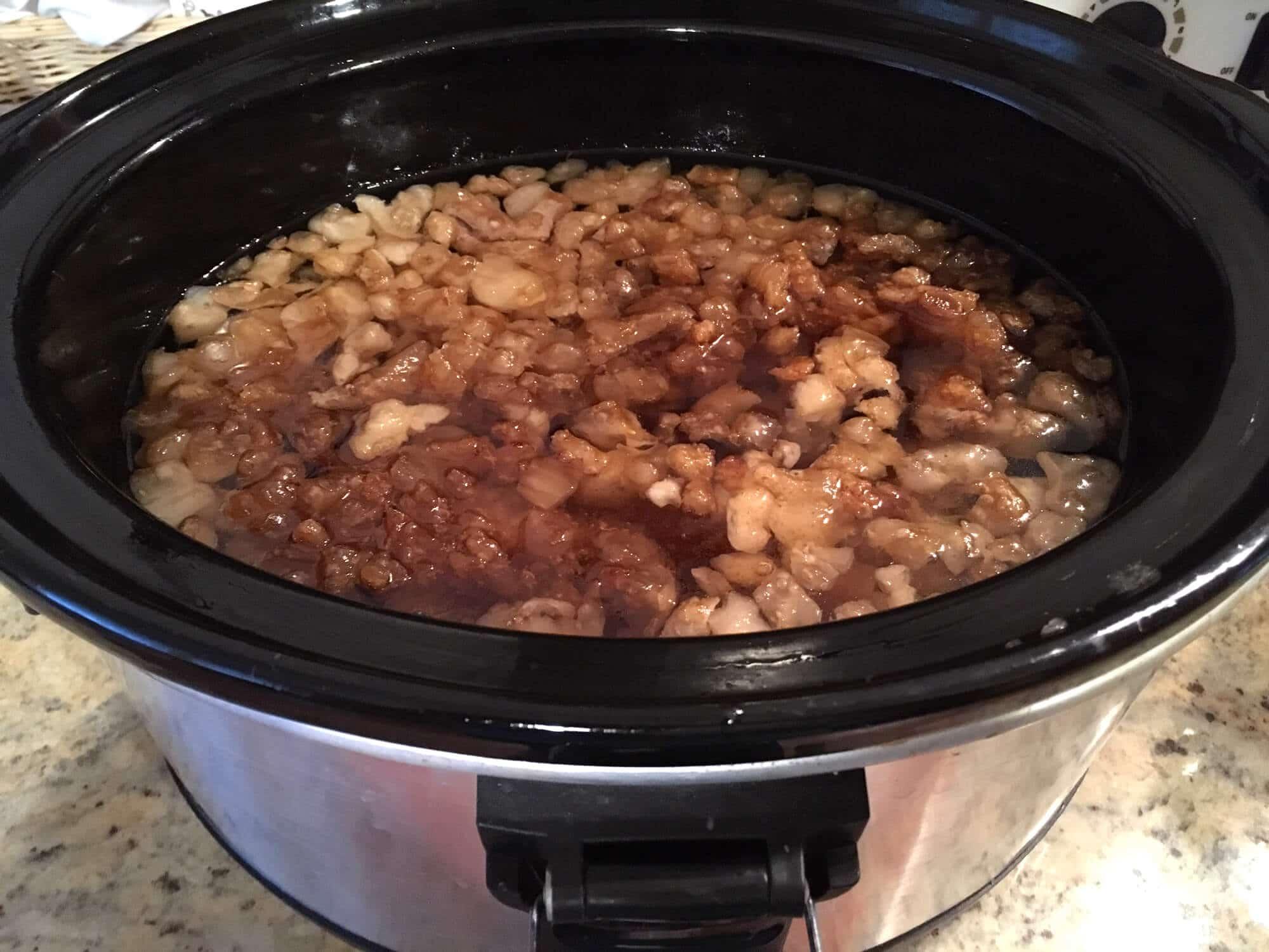 how to render lard pork pig fat homemade diy slow cooker crock pot oven stovetop homesteading leaf kidney tallow fatback