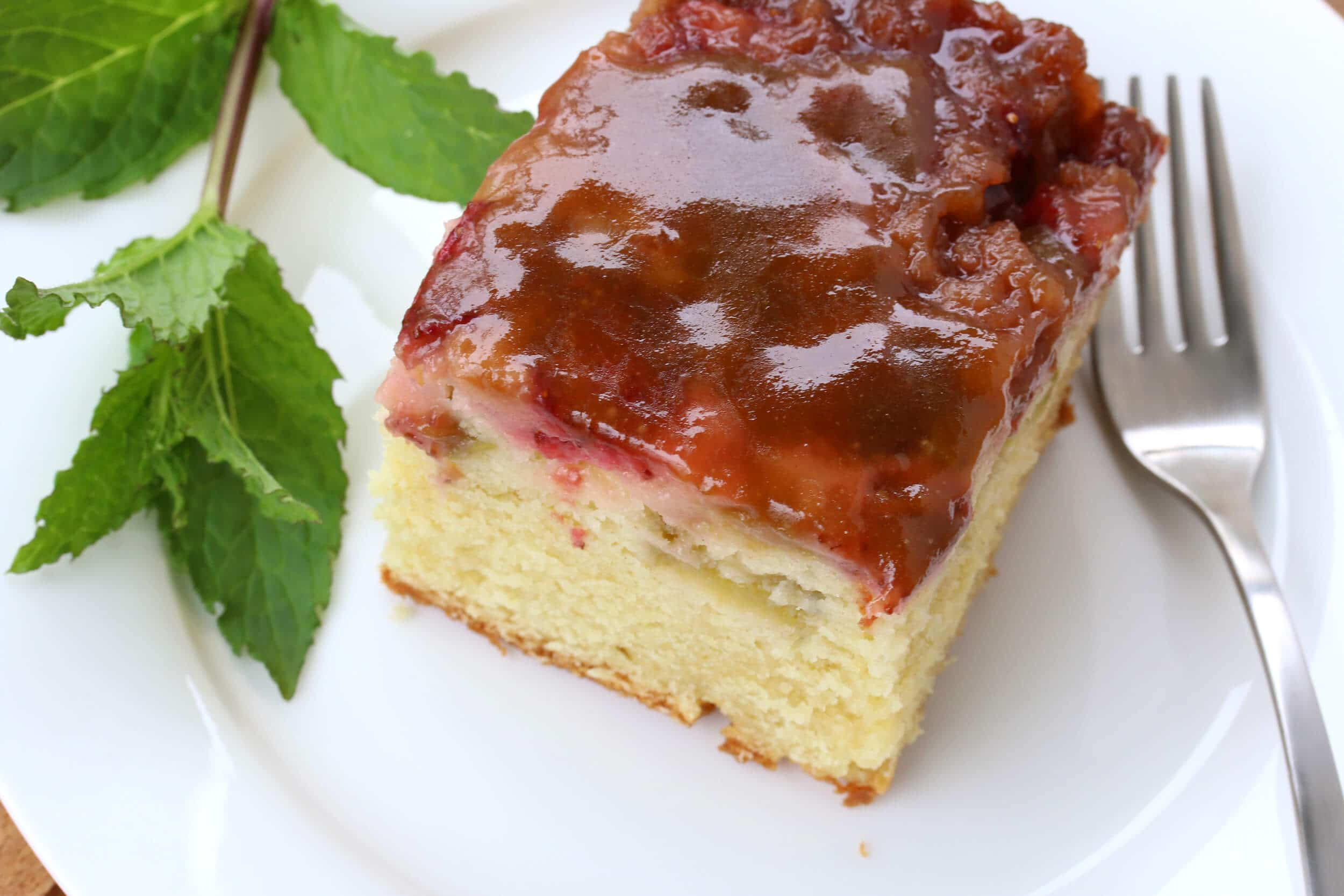 strawberry rhubarb upside down cake recipe dessert
